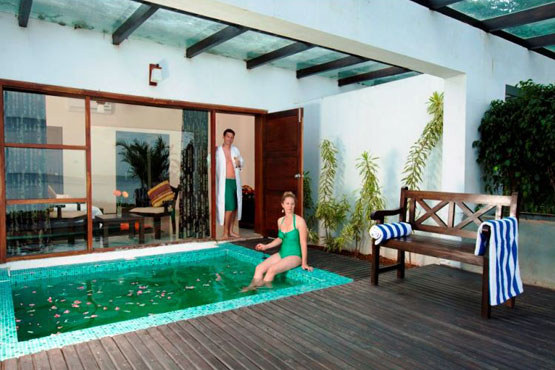 Luxury Honeymoon with Private Pool 1
